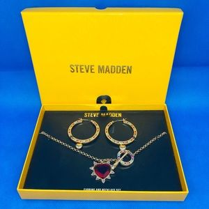 STEVE MADDEN GOLD-TONE Heart Necklace and Earrings